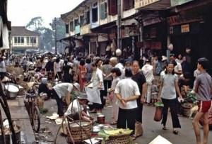 A market in Chợ Lớn in 1966.